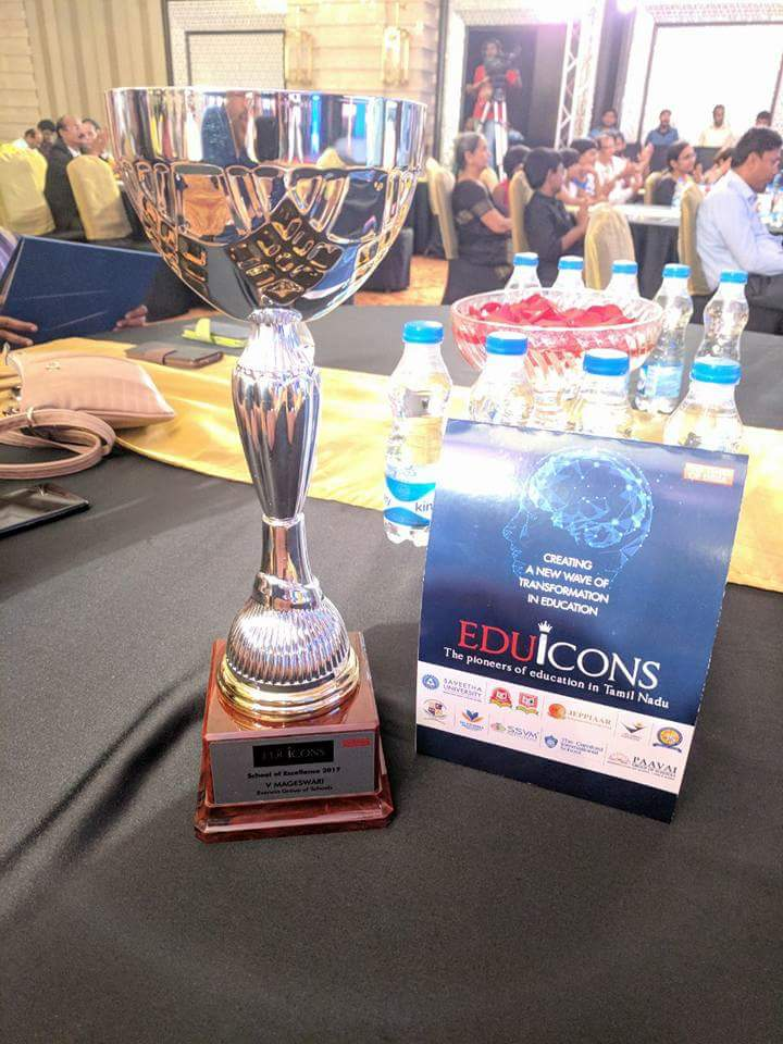 Eduicons - School of Excellence Award presented by TOI